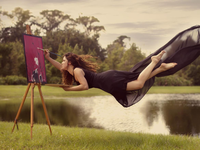 Фото девушки заняты делом 2 фотография