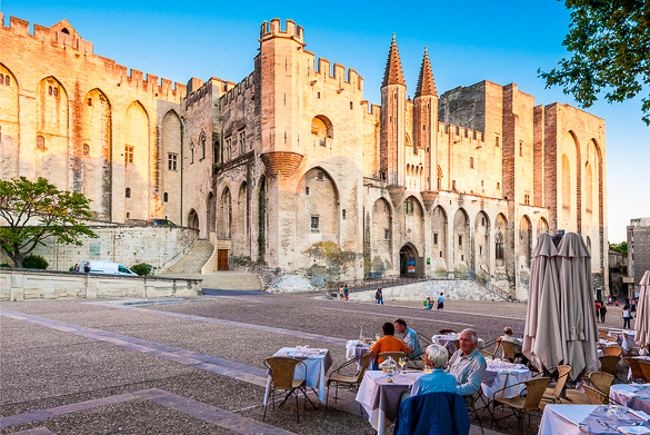 Saint Didier, Avignon. France - ArtPhoto Репортаж #1773595 Clashot.com
