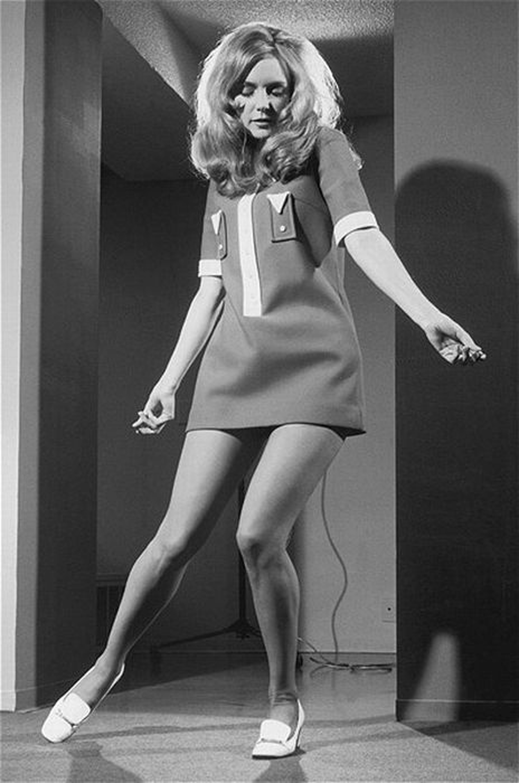 Ретро голых леди в 60 90 годы 20 века 1 фотография