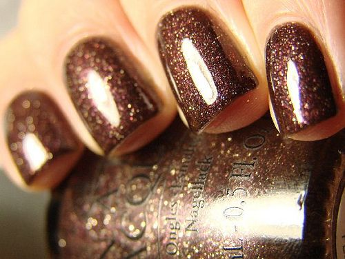 brown nails.jpg