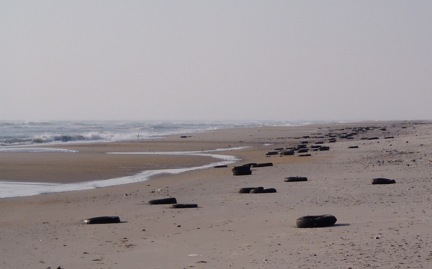 tires on beach 11-09.jpg
