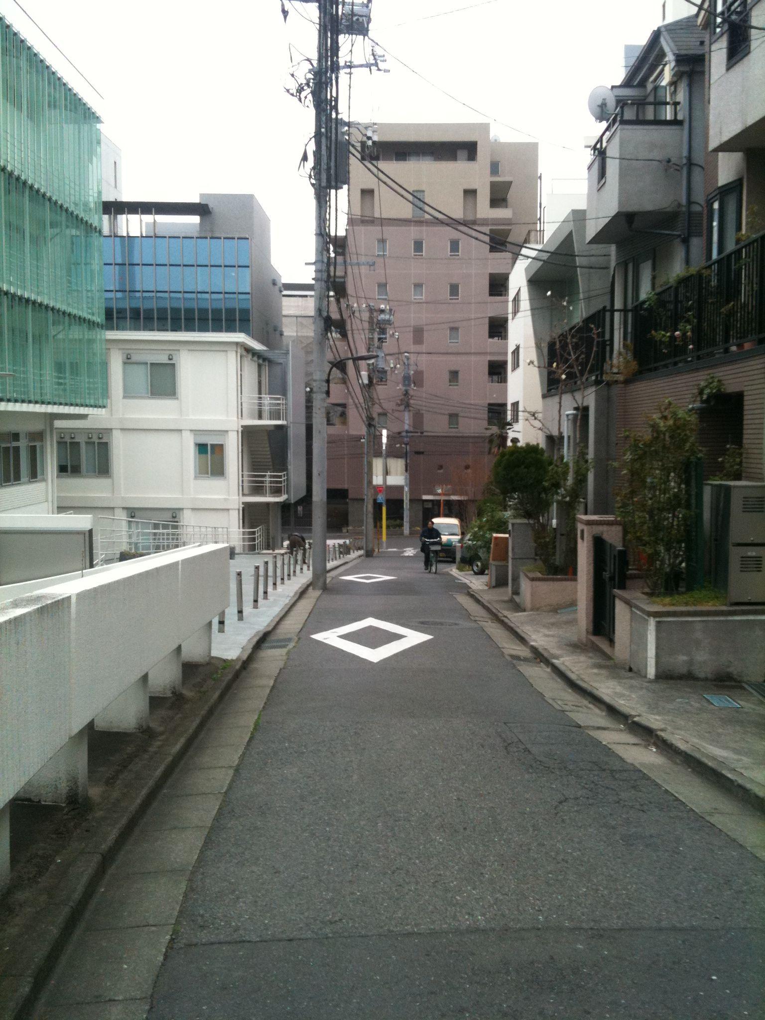 Photo on 2011-04-02 at 12:07.jpg
