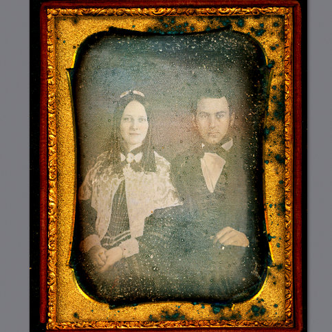 &#039;Happy Couple&#039; TX cosmorochester collects @ flickr.jpg