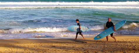 p298267-Australia-Father_and_son_surfer_in_Manly_Beach.jpg