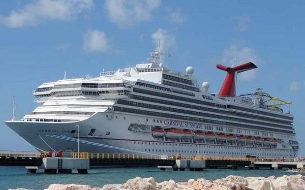 carnival-sunshine-cruise-ship-ccl-schedule-in-port.jpg
