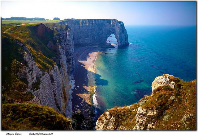 etretat-cliffs-normandy-italy.jpg