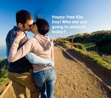 couple-kiss-coast2.jpg