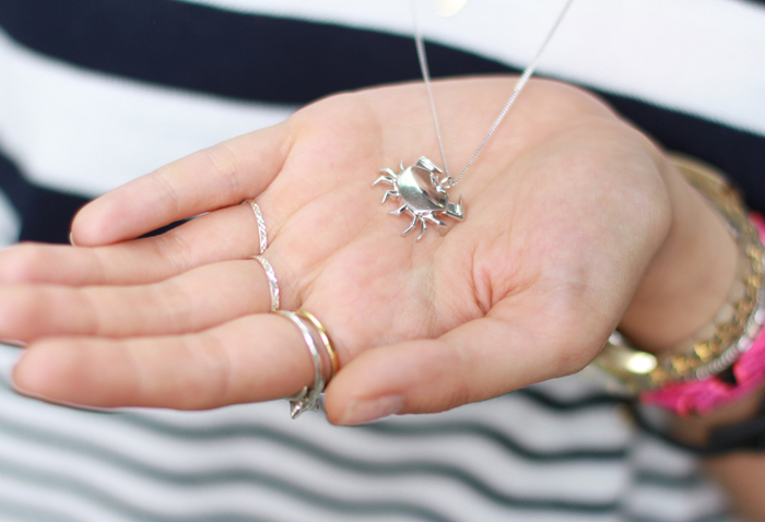 crab necklace.jpg