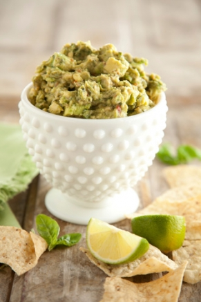 spicy-basil-guacamole-291x437.jpg