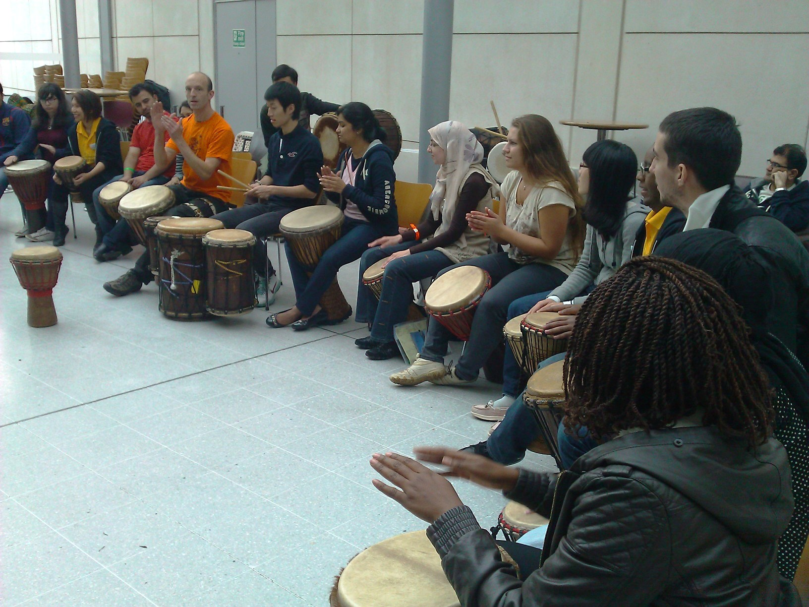 UoNFreshers_drumming_circle_3.jpg