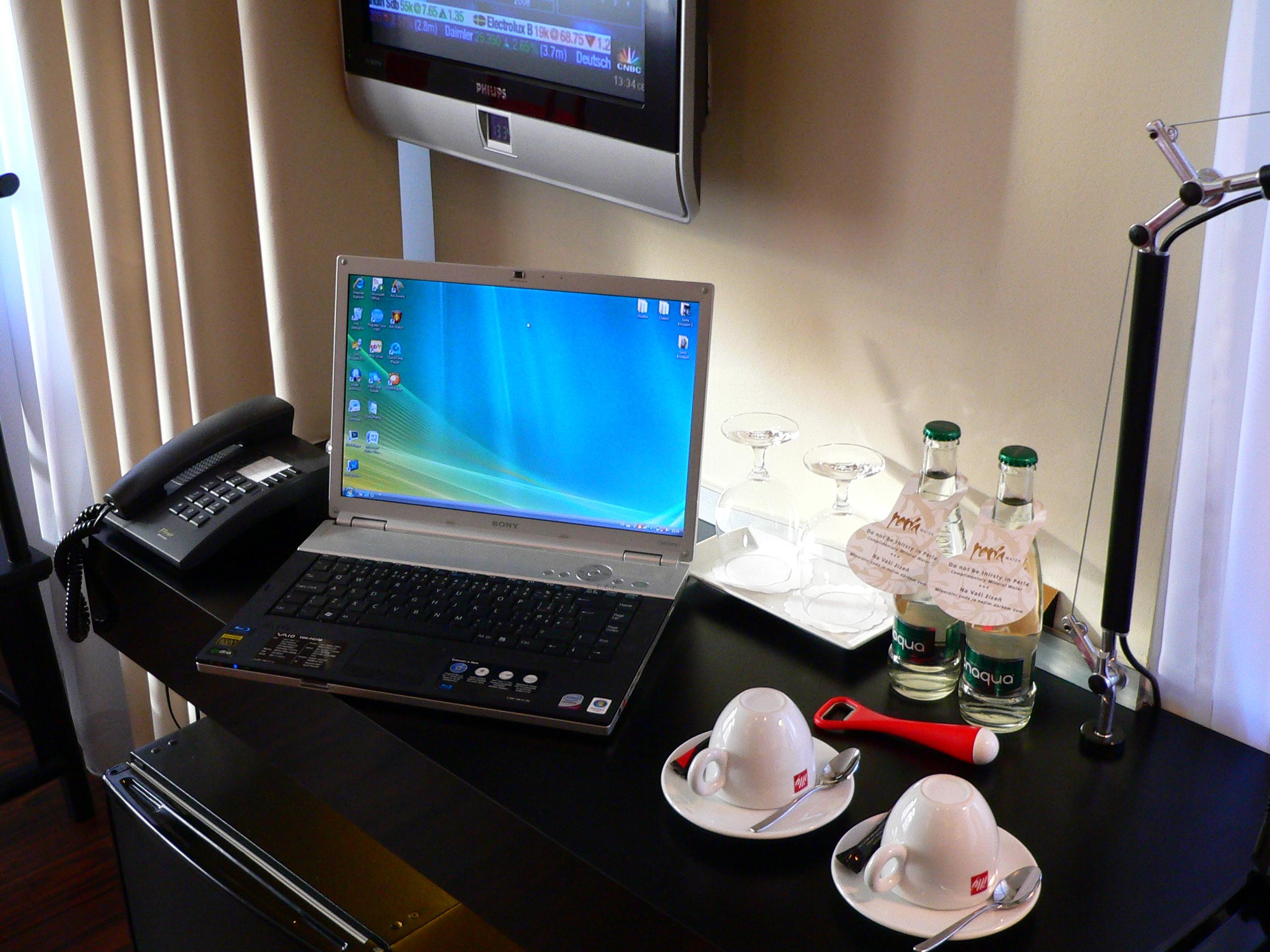 Беспроводной интернет ноутбук 12 фотография