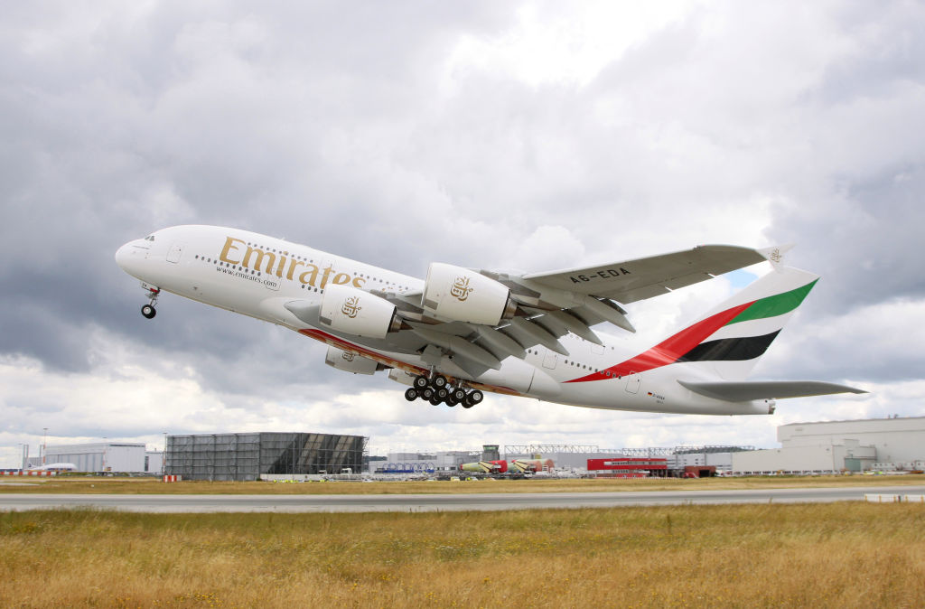 182538-A380 Emirates.jpg