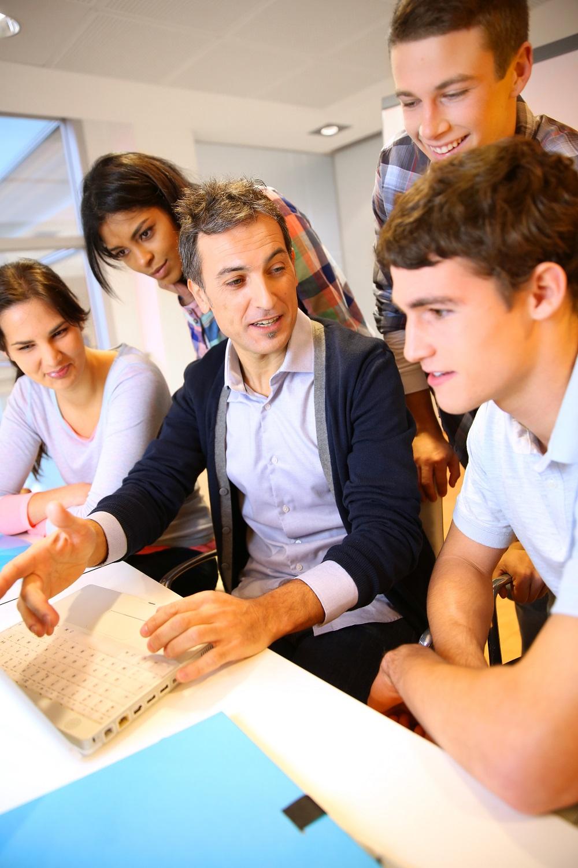 Студентки с учителями 20 фотография
