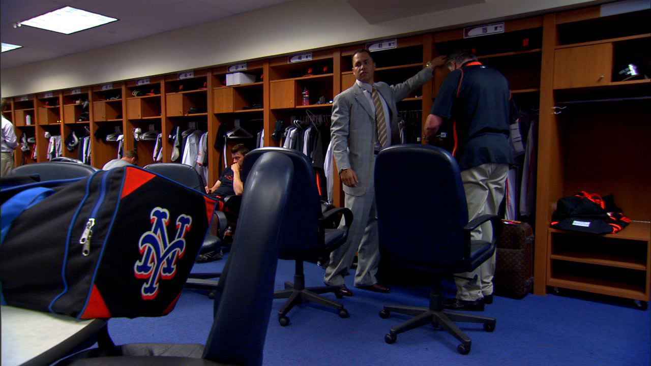 C. Beltran Arrives in Giants Clubhouse.jpg