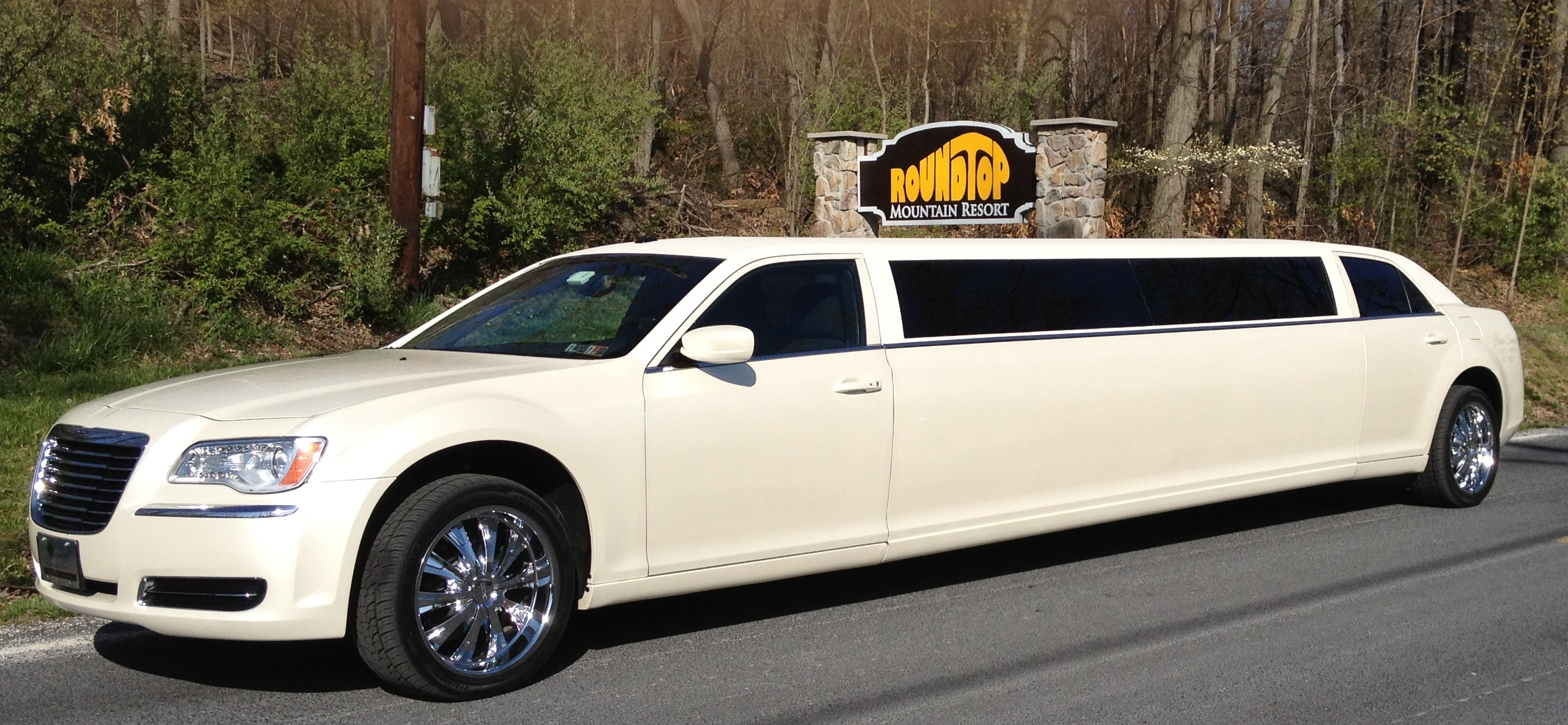 Premiere 1 Limousine.jpg