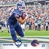 Thumbnail of a photo from user UConnHuskies called UCFB14-boise-halftime.jpg